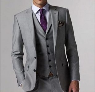 3ピース:ベストを組み合わせて着こなし方の幅を広げる。ジャケット、ベスト、パンツ